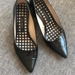 Zara Pointed Toe Block Shoes size 6